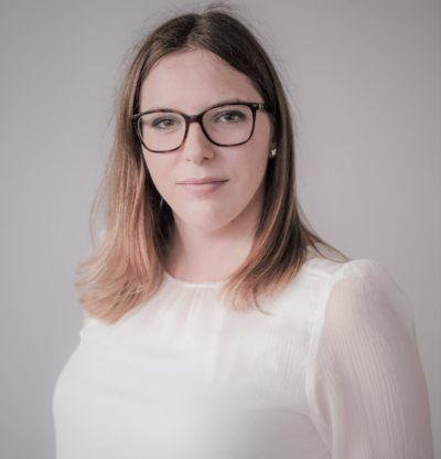 Romana Ulčar, pravna svetovalka
